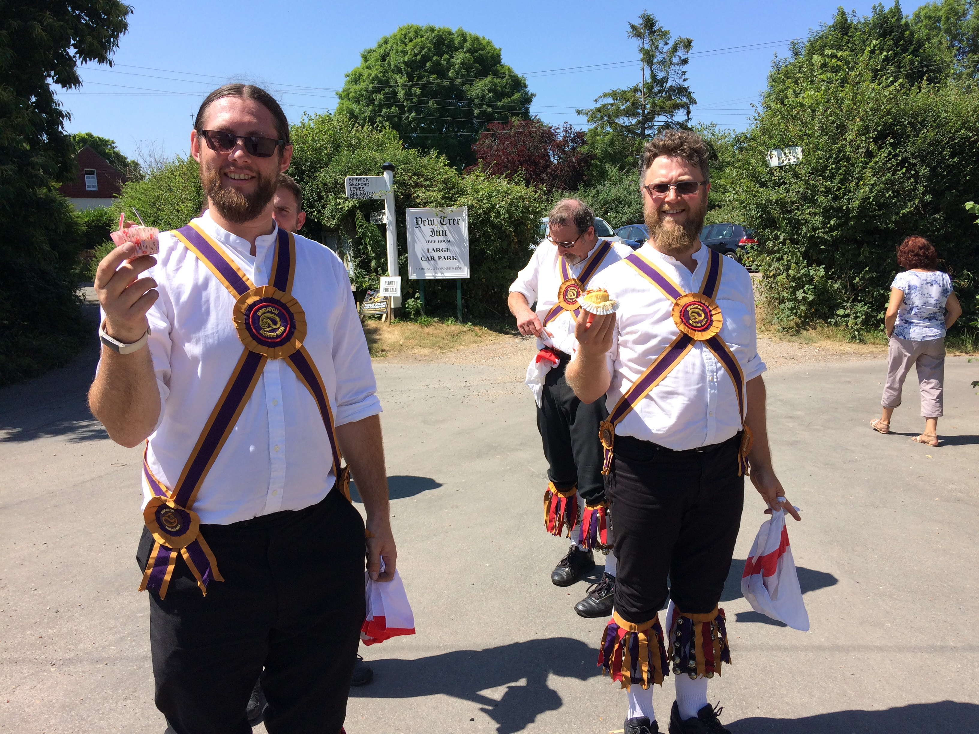 Morris dancing with cup cakes