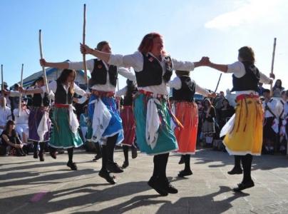 Cuckoos Nest Womens Morris at Brighton's Day of Dance 2015