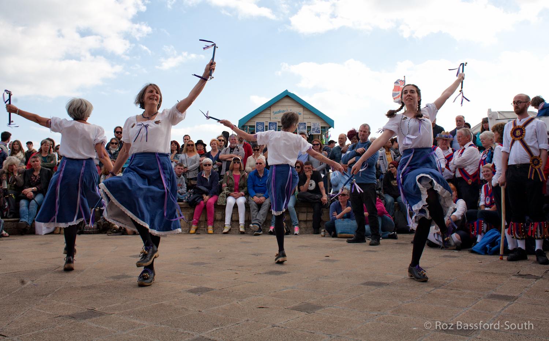 Marlins Morris dancing on Brighton Seafront